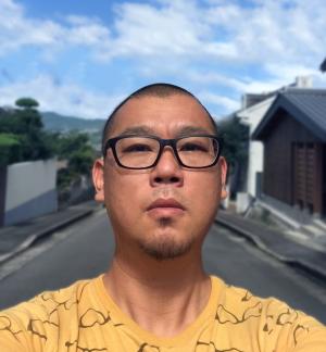 川口 肇 氏